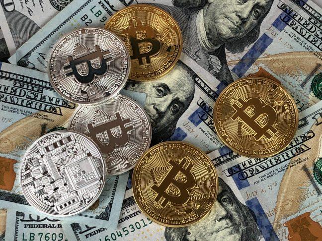 Bitcoins und Dollars